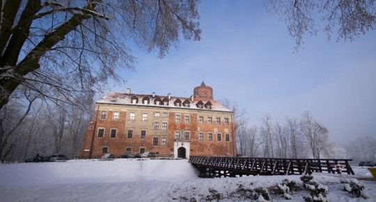 Castle in Uniejów in winter